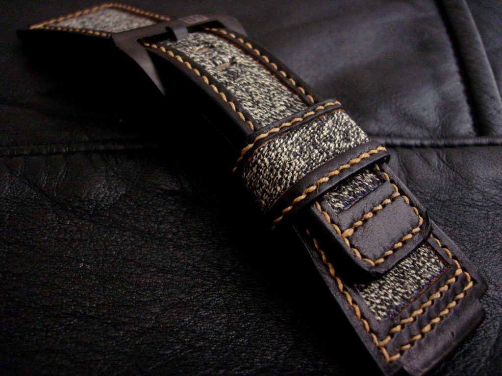 Swiss Army Canvas and Leather strap - Hi strap lovers. Here are some great photos of the lastest Dangerous9straps creation made from the canvas and leather salvaged from a 1950's era Swiss Army rucksack. This strap is built for a BR01 Heritage