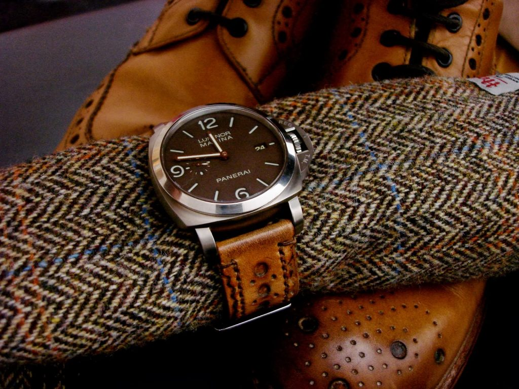 Burnish Tan, Brogued Leather Watch strap on PAM351