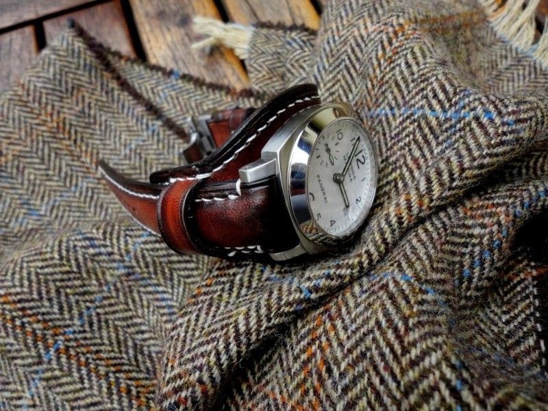Antique Mahogany Leather Bund strap on PAM051