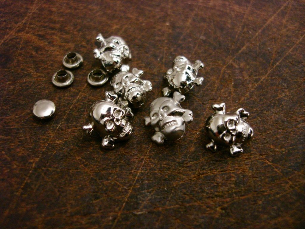 Silver Finish Skull and Crossbones Rivets for Custom Watch Straps