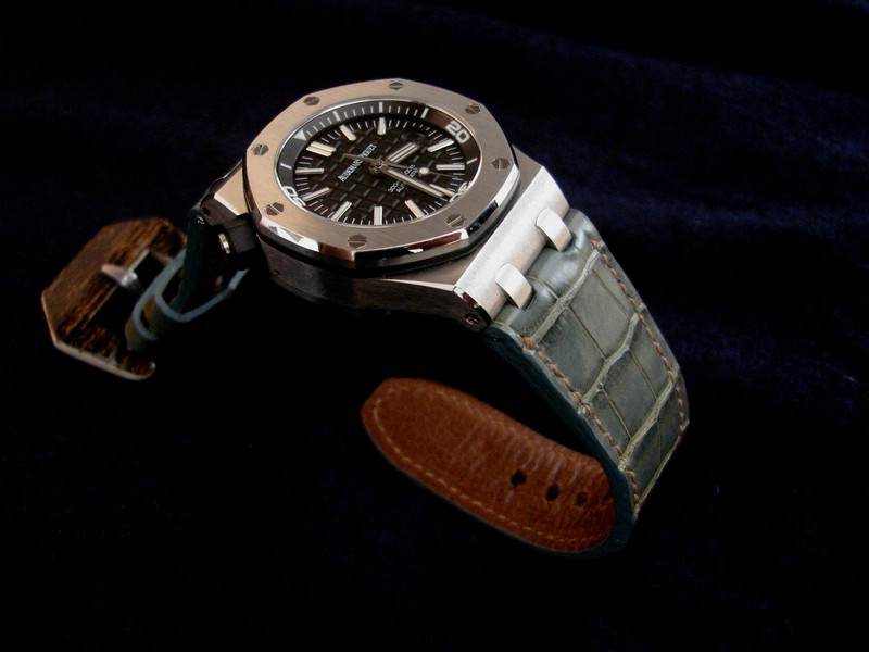 Saint Lucia Alligator for Audemars Piguet Diver with Very Special Mammoth Ivory buckle
