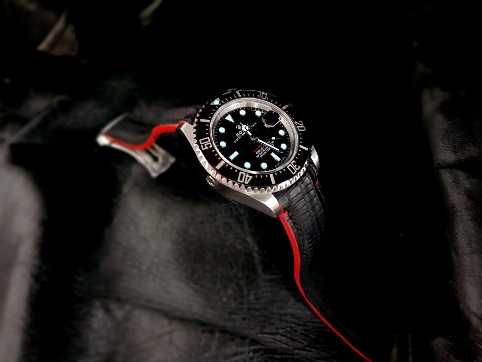 SuperMatte Carbon Black Teju Lizard for Rolex Sea Dweller 126600