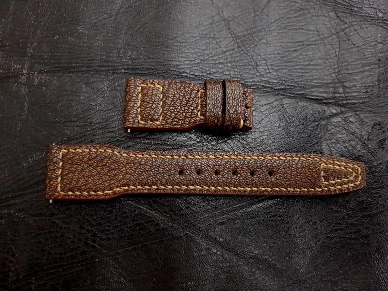 IWC Style Strap Shape and Stitching Pattern Without Rivets