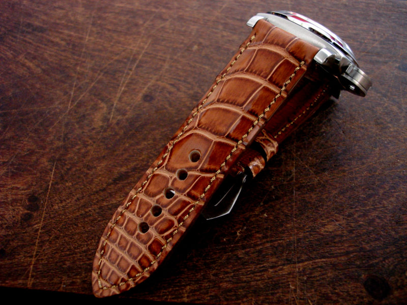 Straps made from Caramel d'Or Alligator