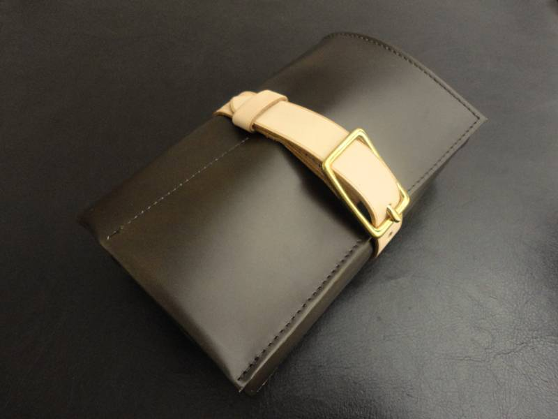Watch-&-Strap-Travel-Roll-Olive-Calfskin-with-Mustard-Suede-leather-lining