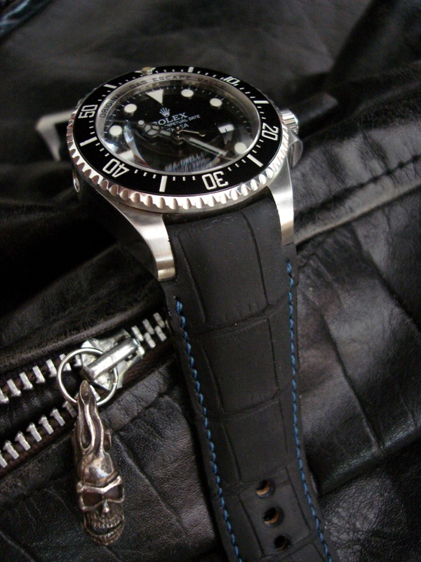SuperMatte Carbon Black Alligator Strap for Rolex SDDS with 'Fully Integrated Fit' (FIF):