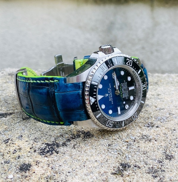 Custom Deep Blue Hand Antiqued Alligator with Fully Integrated Fit for Rolex SDDS D-Blue
