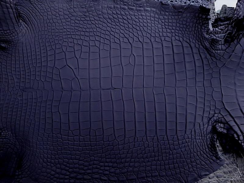 SuperMatte Carbon Black Alligator