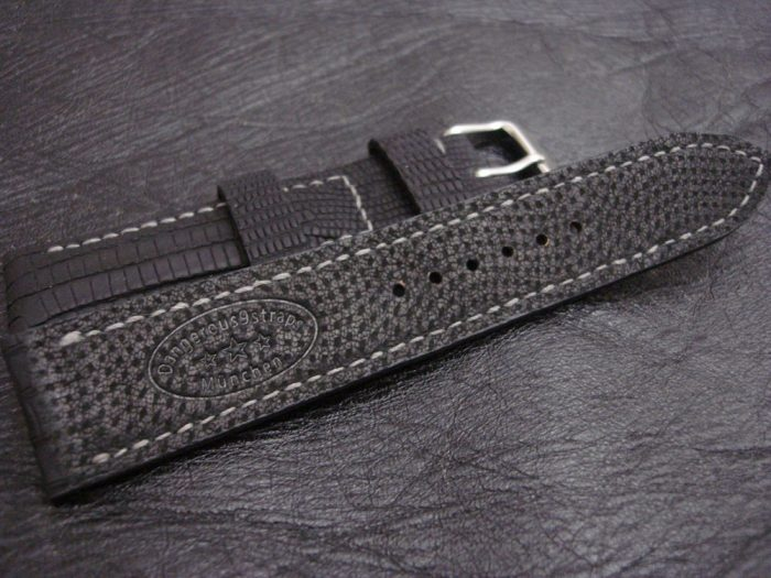 SuperMatte-Watch-Strap-Black-Teju-Lizard-22/20mm-with-Black-Kangaroo-Gloving-Lining
