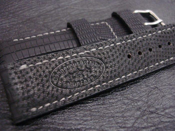 SuperMatte-Watch-Strap-Black-Teju-Lizard-22/20mm-3
