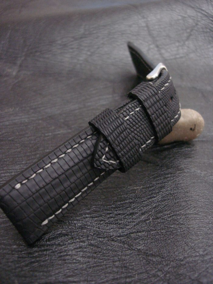 SuperMatte-Watch-Strap-Black-Teju-Lizard-22/20mm-7