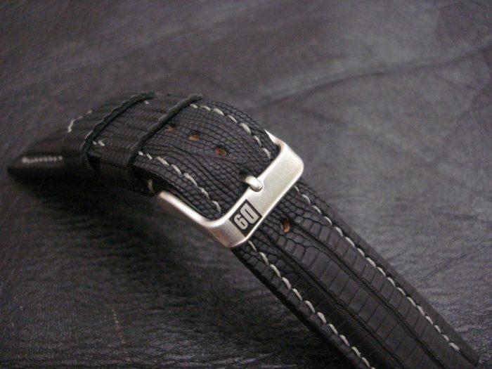 SuperMattes-Schwarzes-Uhrenarmband-Teju-Eidechse-22/20mSuperMatte-Watch-Strap-Black-Teju-Lizard-22/20mm-9