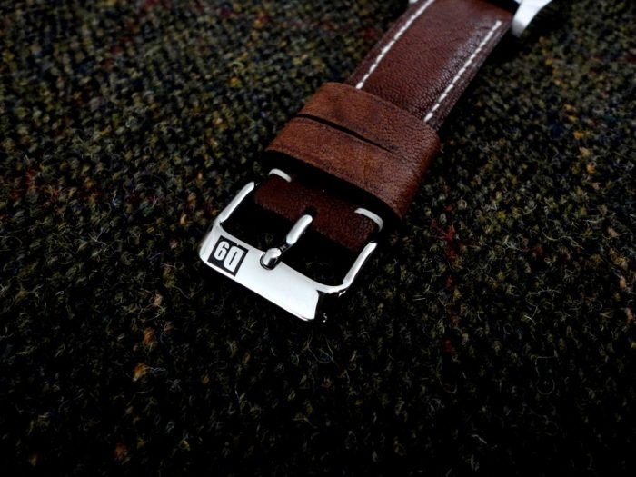 Safari-Tan-African-Goat-Leather-watch-strap-for-22mm-lug-width-with-D9-logo-pin-buckle